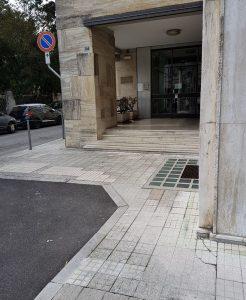 Volantinaggio condominio non accessibile in bici